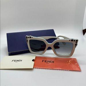 Fendi sunglasses FF0260/S 52mm white cat-eye